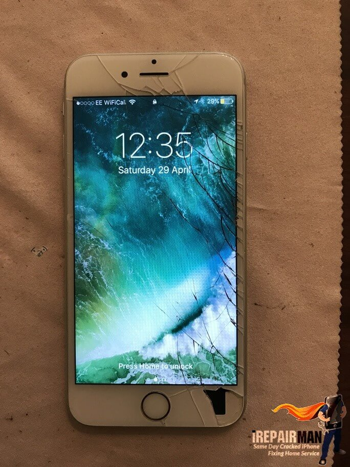 Cracked screen repair in Camberwell