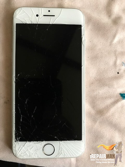 iPhone screen replacement in SW16 Brixton